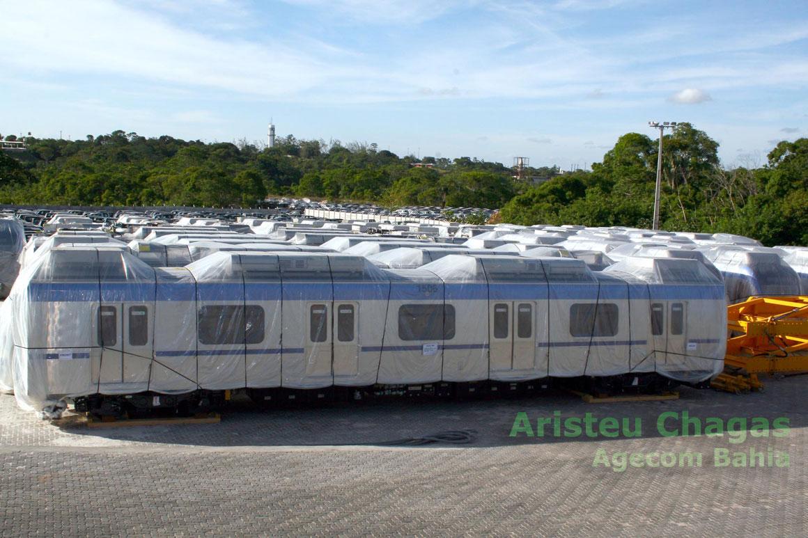 Vista geral dos trens do Metrô de Salvador
