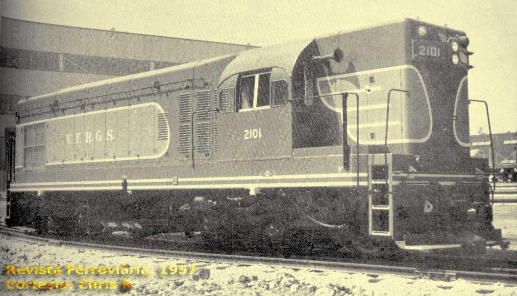 Locomotiva G12 A1A-A1A nº 2101, provavelmente na fábrica, anúncio GM