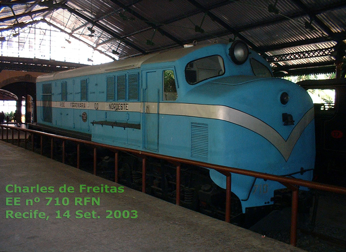 Locomotiva English Electric número 710 da Rede Ferroviária do Nordeste - RFN