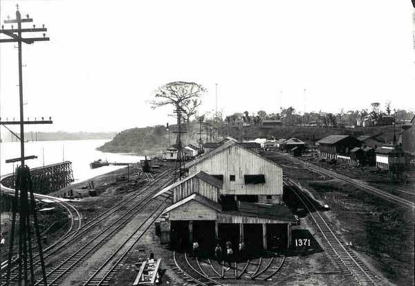 Vista da oficina de locomotivas em Porto Velho