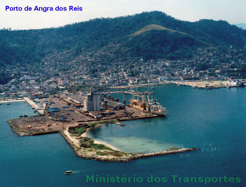 Vista aérea do antigo porto de Angra dos Reis, sem data
