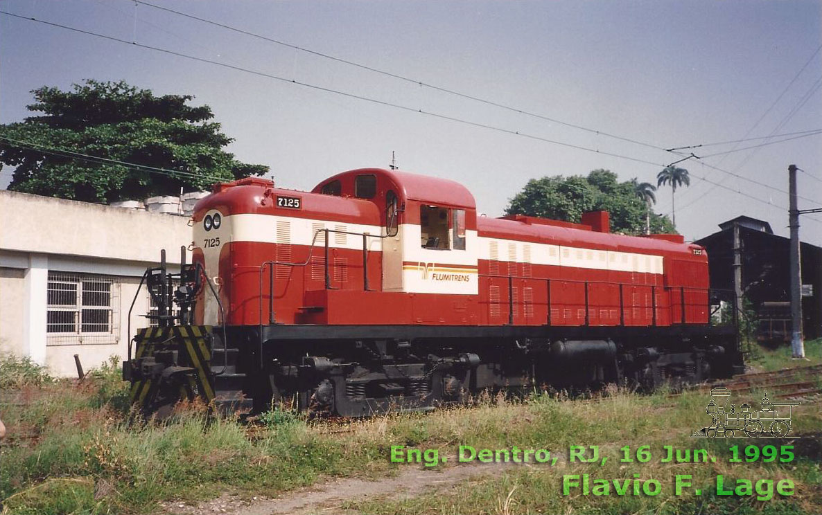 Locomotiva MLW RS3 nº 7125 Flumitrens nas cores da antiga EF Central do Brasil